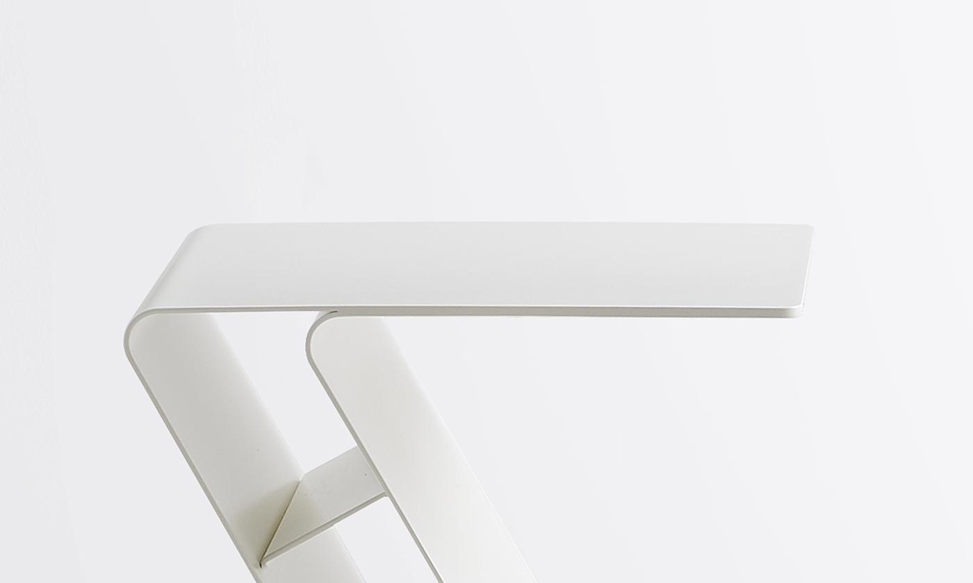 Möbeldesign Hamburg Philipp Günther Design Beistelltisch für Mox