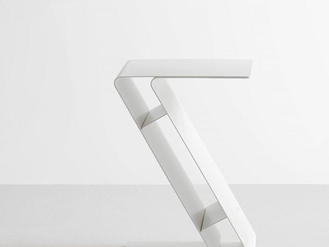 Produktdesign Beistelltisch für Mox von Philipp Günther Design