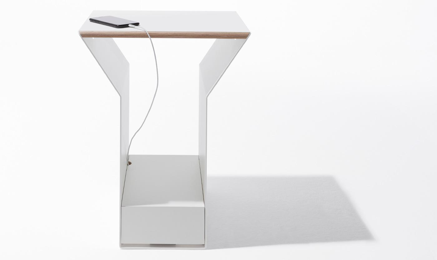 Beistelltisch YPPS für Müller Möbelwerkstätten Philipp Günther Design