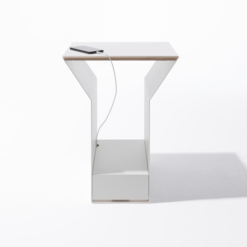 Beistelltisch Ypps für Müller Möbelwerkstätten